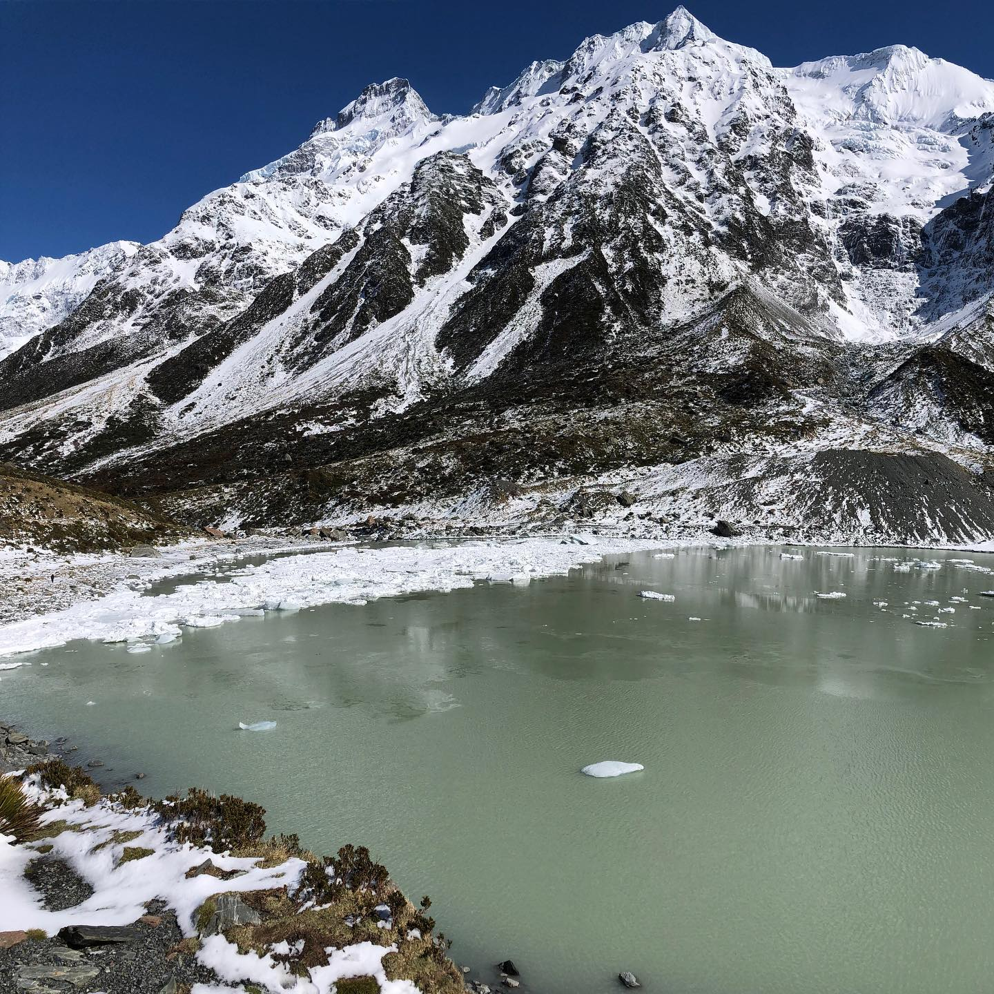➡️scroll to see full picture   #mountcook #lake #snow #ice #mountain #mountains #peaceful #shotoniphone #gurushots